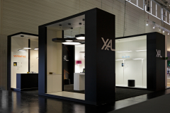 XAL_Stand_02